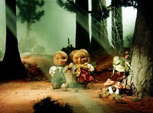 THE GINGERBREAD HOUSE (Perníková chaloupka, 1951)