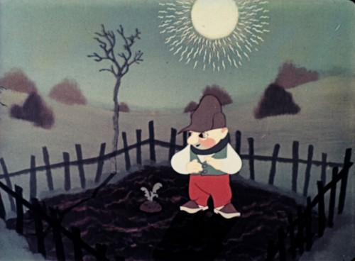 GRANDPA PLANTED A BEET (Zasadil dědek řepu, 1945)